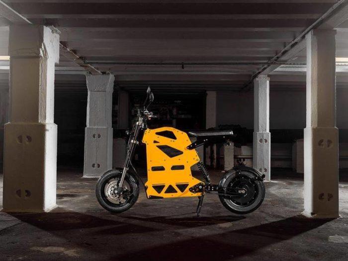 Scooter Raker : Un scooter électrique innovant