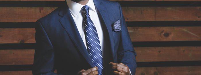 Comment choisir une chemise pour un homme : l'essentiel
